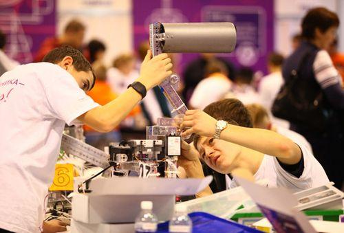 В иркутске прошел фестиваль робототехники «робосиб-2014»