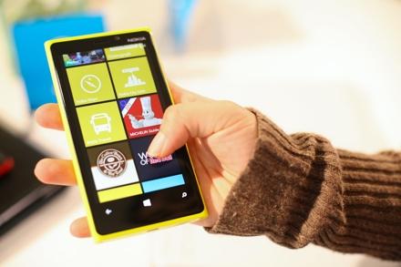 Владельцы смартфонов на windows phone жалуются на множественные перезагрузки