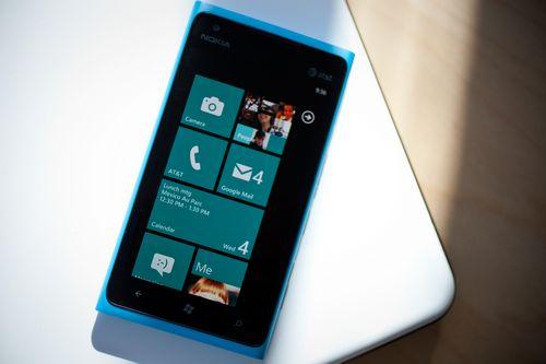 Вышло первое обновление для windows phone 7